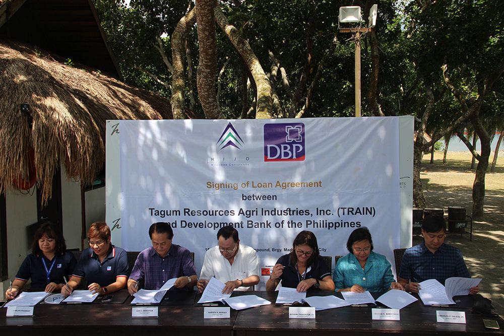 DBP partners with banana firm to promote sustainable farming